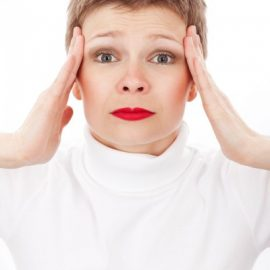 Mit üzen a fájdalom? Mit üzen a betegség? Mit üzennek a tünetek?